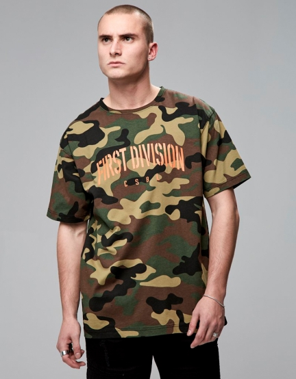 CSBL Patched Oversized Tee woodland camo/orange S