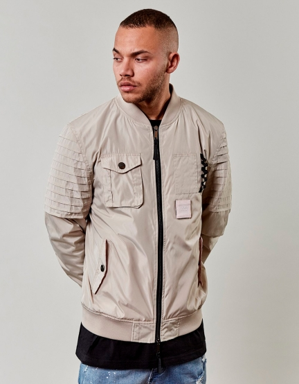 CSBL Pleated Bomber beige XL